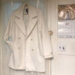 Jackets & Blazers - Beautiful Ivory Sherpa peacoat- oversized ❤️❤️
